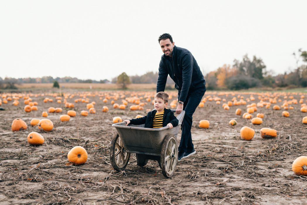 stouffville pumpkin patch family session