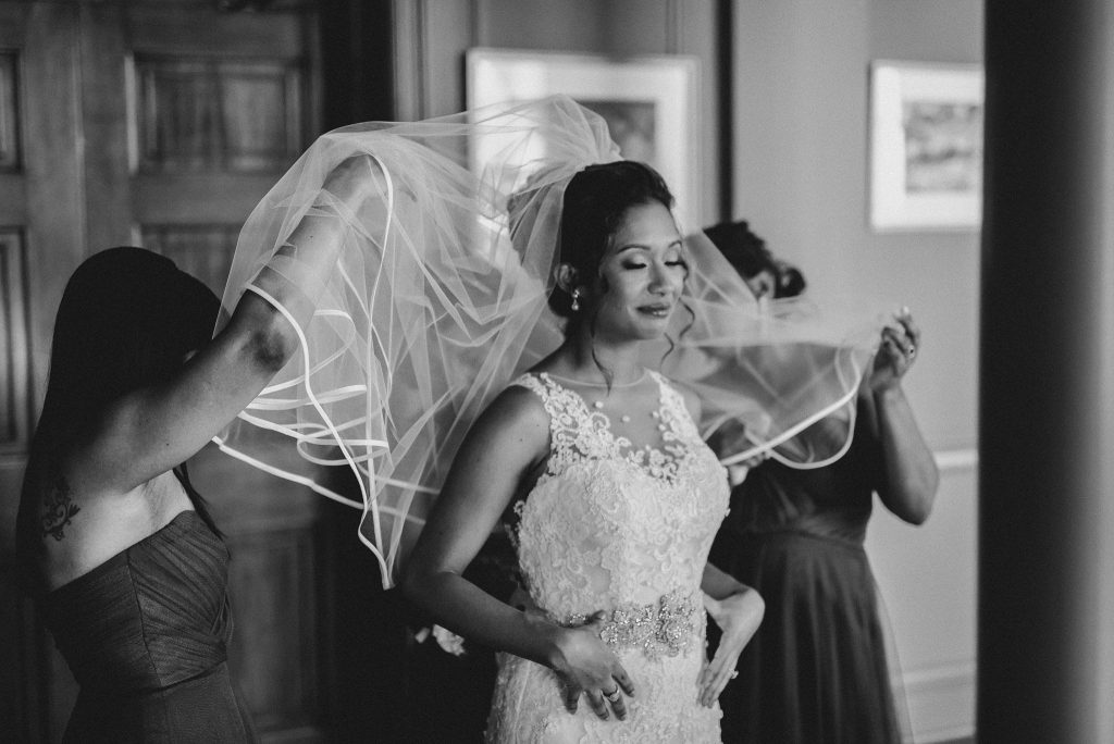 University Club of Toronto Wedding bride getting ready