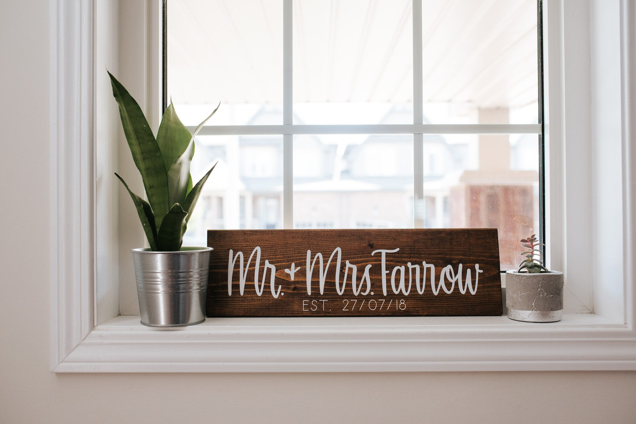 Bloomfield Gardens Wedding - Woodblock name accent