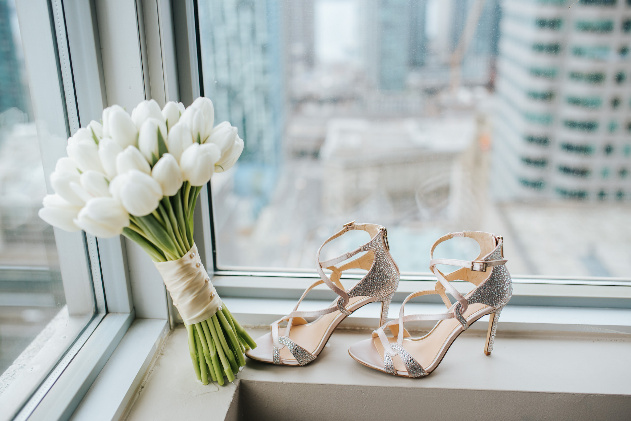 One King Toronto New Years Eve Wedding - shoes and bouqet